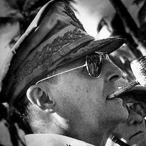 Douglas MacArthur 4 of 4