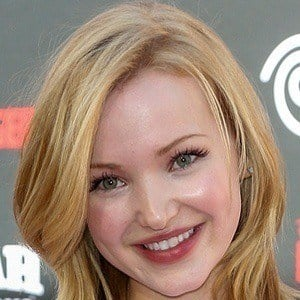 Dove Cameron 3 of 10