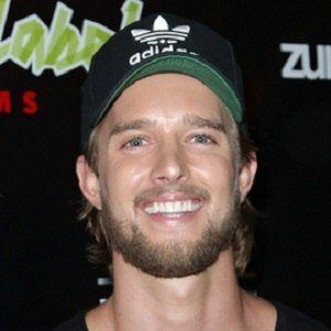 Drew Van Acker 5 of 8