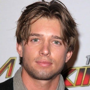 Drew Van Acker 6 of 8