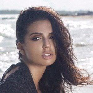 Drisana Sharma 7 of 10