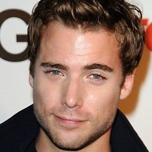 Dustin Milligan 4 of 10