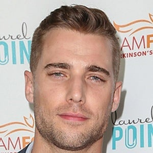 Dustin Milligan 8 of 10