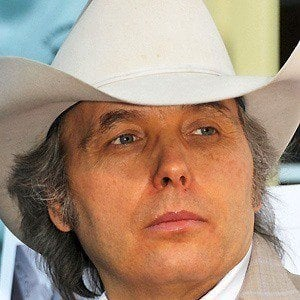 Dwight Yoakam 3 of 9