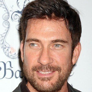 Dylan McDermott 4 of 10