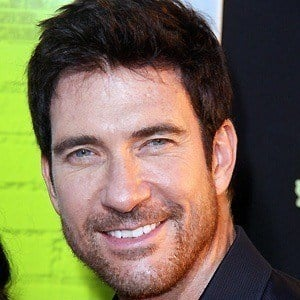 Dylan McDermott 5 of 10