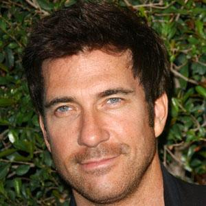 Dylan McDermott 7 of 10