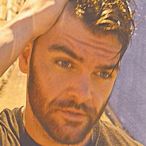 Dylan Scott 6 of 6