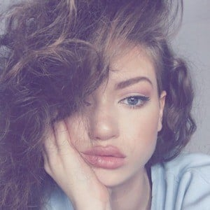 Dytto 6 of 10