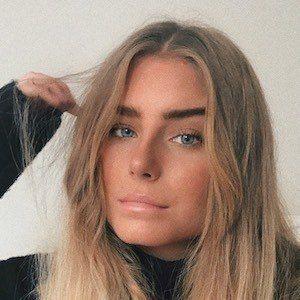 Ebba Lindblad 2 of 10