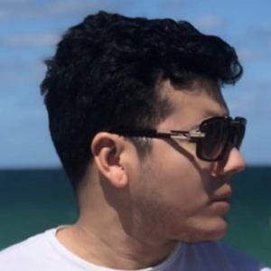 Eduardo Florez Headshot 3 of 10