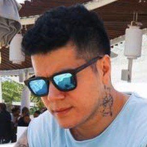 Eduardo Florez Headshot 9 of 10