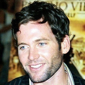 Eion Bailey 3 of 3