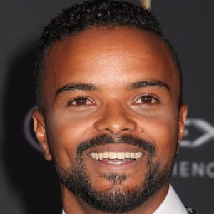 Eka Darville 3 of 4