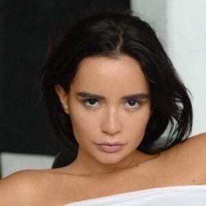 Ekaterina Zueva 4 of 10