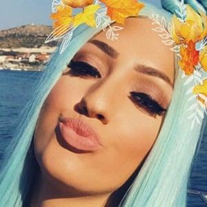 Ela Jerkovic 4 of 6