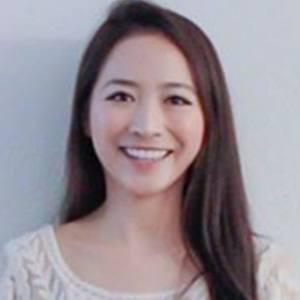 Elaine Hau 2 of 4