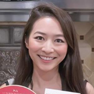Elaine Hau 4 of 4