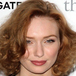 Eleanor Tomlinson 3 of 7