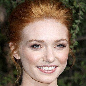 Eleanor Tomlinson 4 of 7