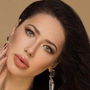 Elena Kosmina 2 of 6