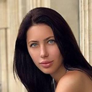 Elena Kosmina 4 of 6