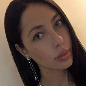 Elena Kosmina 6 of 6