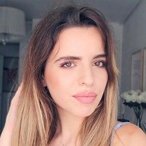 Elena Ponz 2 of 6