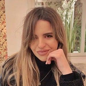 Elena Ponz 5 of 6