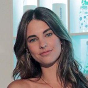Elena Taber 3 of 5
