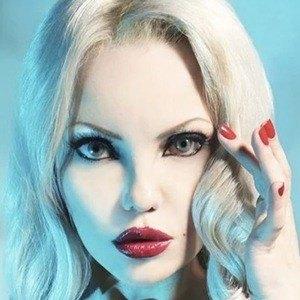 Elena Vladi 3 of 10