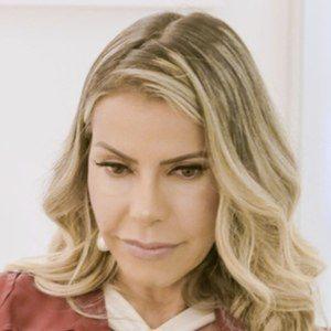 Eliane Negrão Headshot 3 of 10