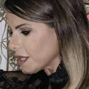 Eliane Negrão Headshot 7 of 10