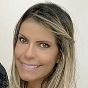 Eliane Negrão Headshot 8 of 10