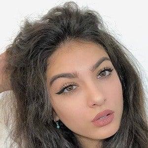 Elisa Maino 3 of 6