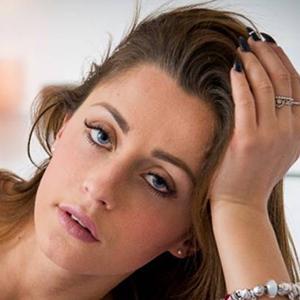 Elisa Mazzucchelli 4 of 6