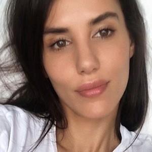 Elisa Meliani 3 of 6