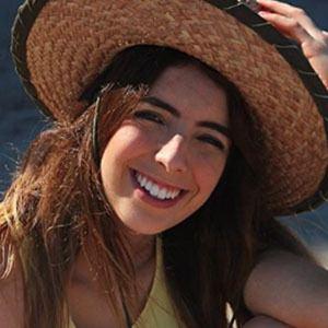Elisa Muñoz 4 of 5