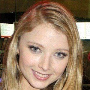 Elisabeth Harnois 3 of 5
