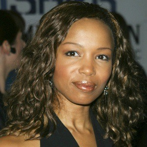 Elise Neal 10 of 10