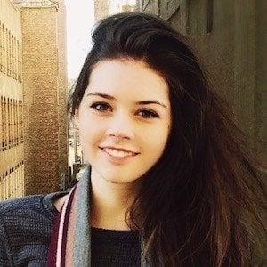 Elise Trouw 7 of 10