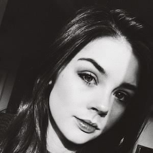Elise Trouw 8 of 10