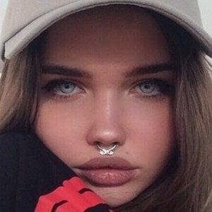 Eliza Kayudina 2 of 4