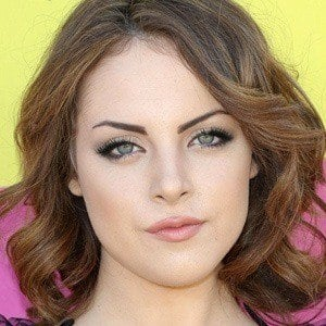 Elizabeth Gillies 2 of 10