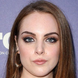 Elizabeth Gillies 7 of 10