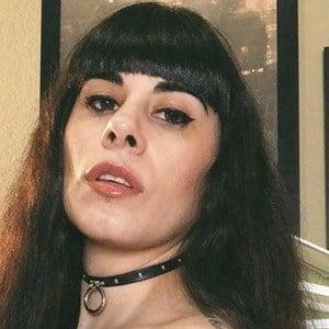 Elizabeth Martinez 5 of 6