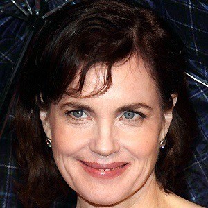 Elizabeth McGovern 5 of 9