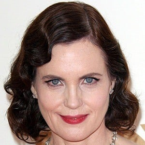 Elizabeth McGovern 8 of 9