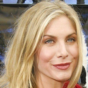 Elizabeth Mitchell 3 of 5