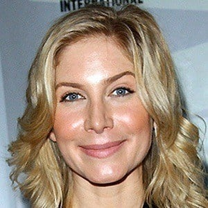 Elizabeth Mitchell 4 of 5